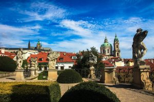 Visitare i giardini Vrtbovskà