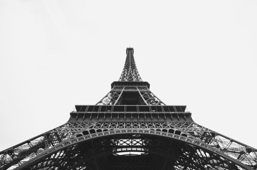 La torre Eiffel è il simbolo di Parigi