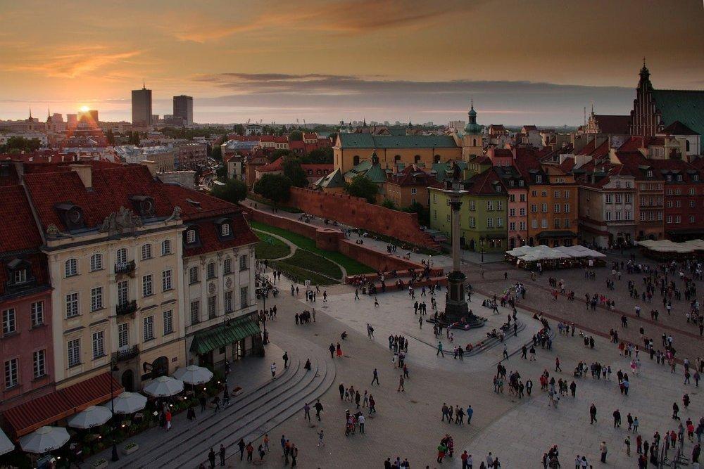 Visitare la Piazza del castello a Varsavia