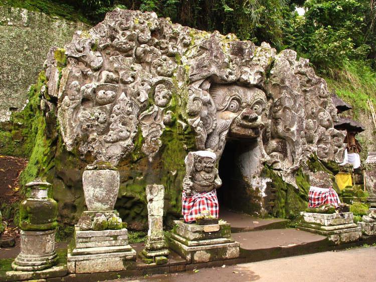 Elephant Cave a Bali