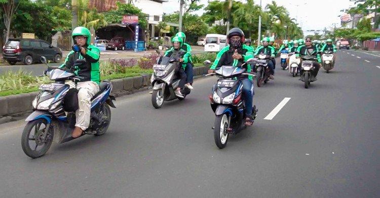Gojek e Grab moto sharing