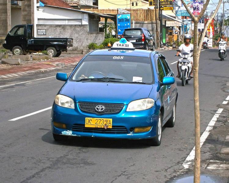 Muoversi in taxi per Bali