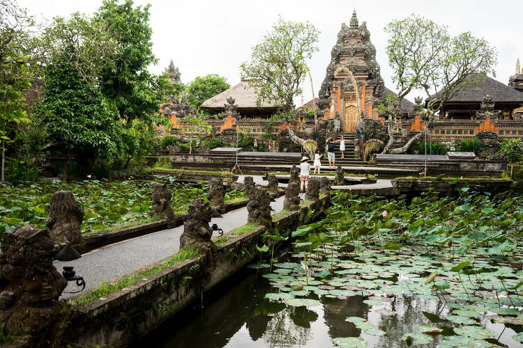 Tempio Pura Taman Saraswati a Ubud Bali