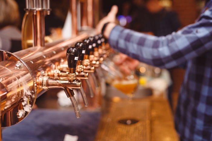 Bere birra irlandese a Cork