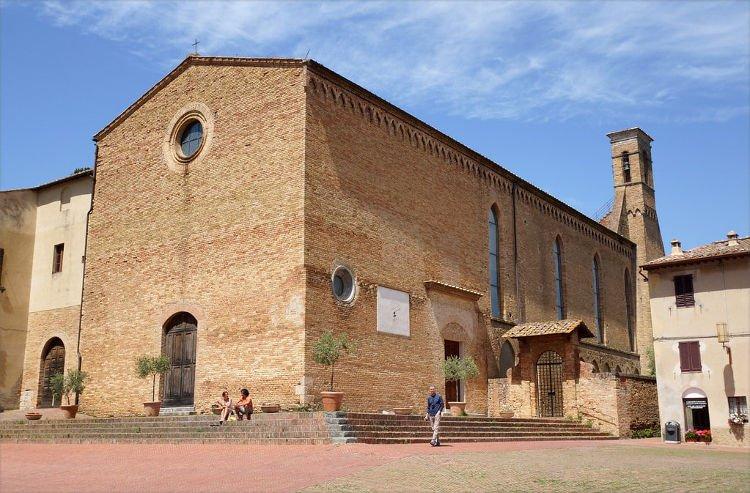 Visitare la Chiesa di Sant'Agostino a San Gimignano