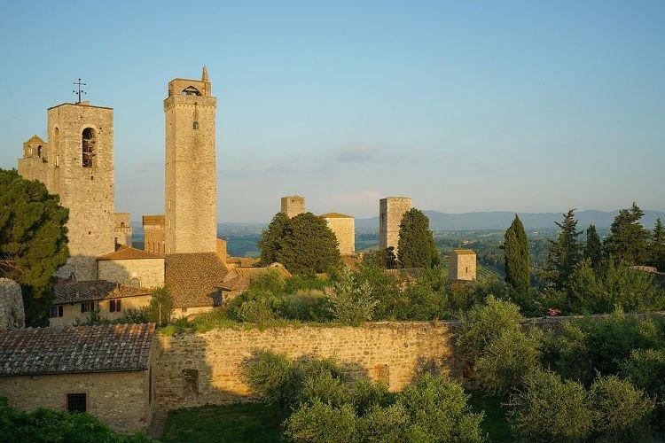 Visitare la Rocca di Montestaffoli a San Gimignano
