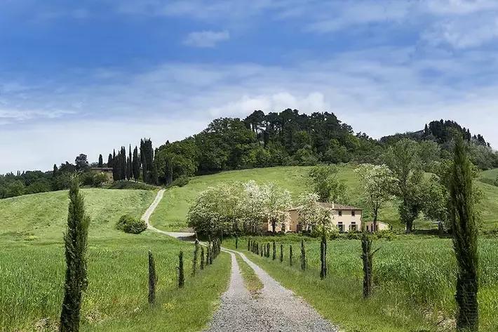 Strutture e alloggi immersi nella natura in Itali