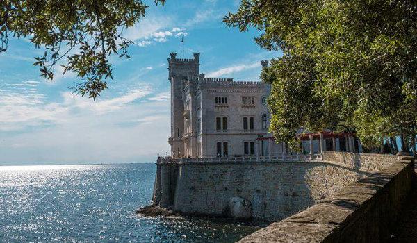 Castello di Miramare e le cosa più belle da visitare a Trieste