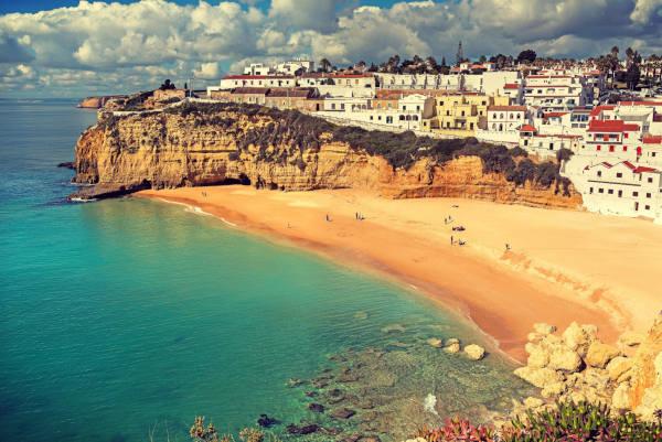 Andare al mare a Faro