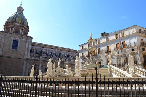 Fontana Pretoria a Palermo