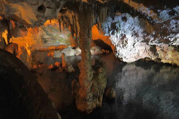 Visita la Grotta di Nettuno