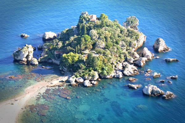 Mare isola bella a Taormina