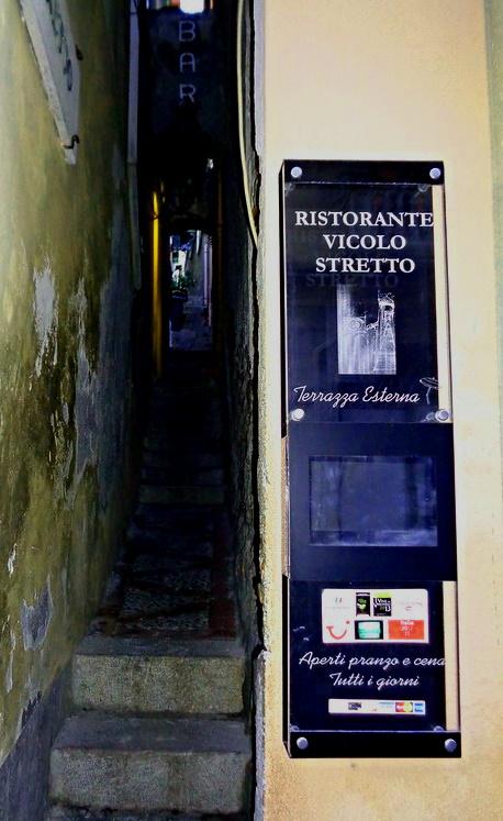 Taormina Vicolo Stretto