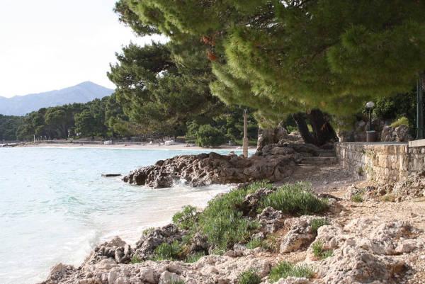 Zona di mare di Brela