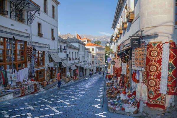 Viaggio solidale in Albania
