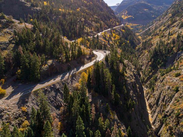Panoramica in auto nel Colorado
