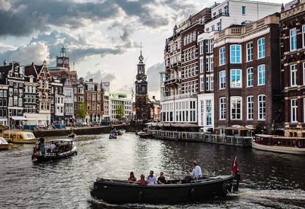 Viaggiare da soli ad Amsterdam