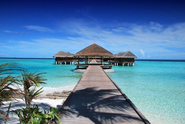 Riaprono le Maldive